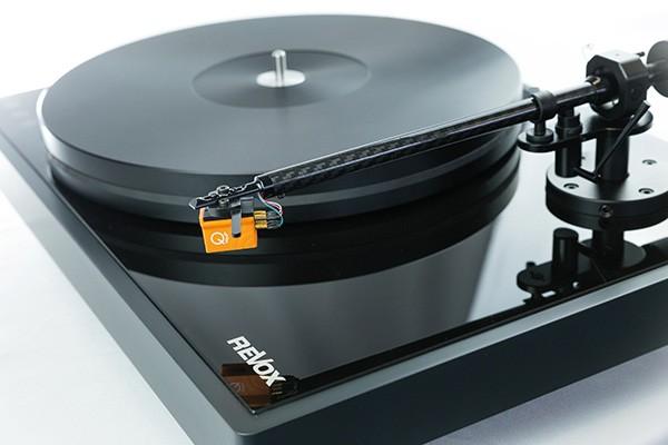 Revox-STUDIOMASTER-T700-Plattenspieler-News